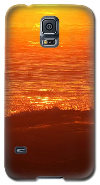 Galaxy S5 Case featuring the photograph Flames With No Horizon by Amy Gallagher