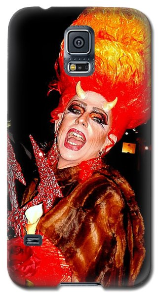 Halloween Flamming Devilish Deva Costume In The French Quarter Of New Orleans Galaxy S5 Case