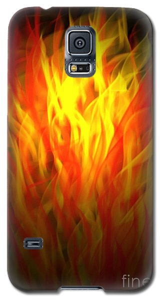 Galaxy S5 Case featuring the digital art Flaming Fire by Gayle Price Thomas