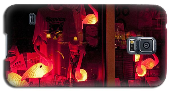 Galaxy S5 Case featuring the photograph Flamingos On Market Street by Tom Doud