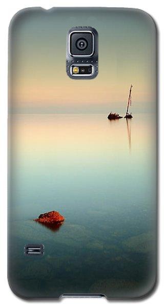 Flat Calm Shipwreck Sunrise Galaxy S5 Case