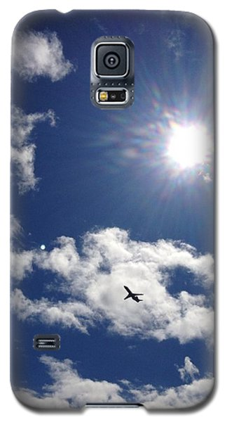 Galaxy S5 Case featuring the photograph Flight In The Clouds by Nikki McInnes