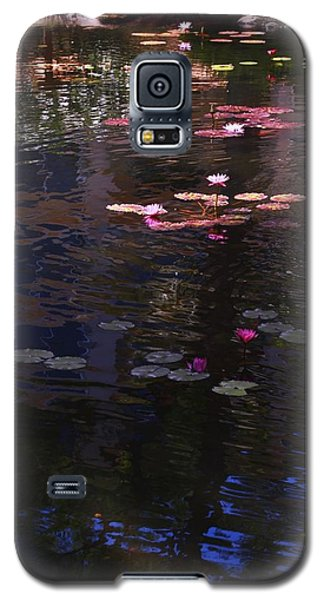Floating Flowers  Galaxy S5 Case