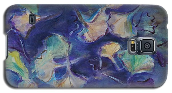 Galaxy S5 Case featuring the painting Floating Gingko Leaves by Cynthia Lagoudakis