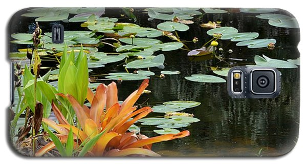 Floating Lily Pond Galaxy S5 Case