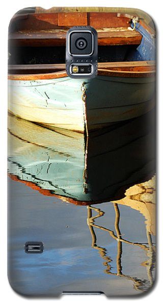 Floating On Blue 4 Galaxy S5 Case by Wendy Wilton