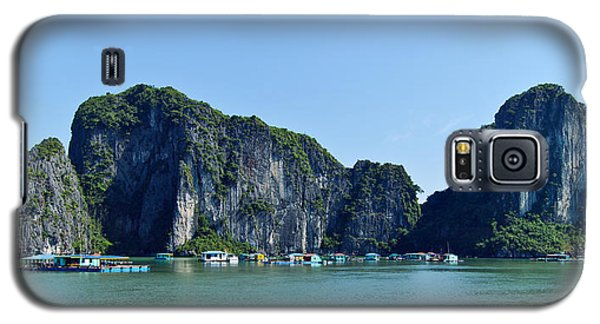 Floating Village Ha Long Bay Galaxy S5 Case by Scott Carruthers