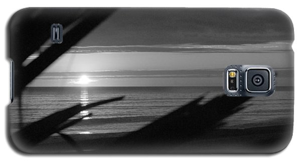 Galaxy S5 Case featuring the photograph Florida Sunset Sun 280 by G L Sarti