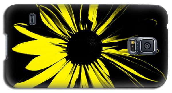 Galaxy S5 Case featuring the digital art Flower 8 by Maggy Marsh