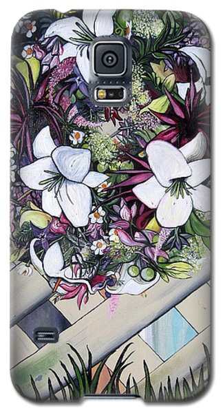 Galaxy S5 Case featuring the painting Floral Wreath by Mary Ellen Frazee