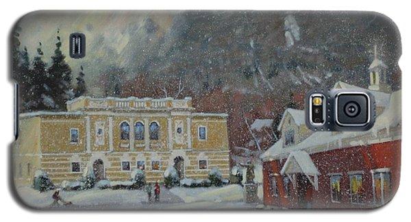 Flurries Over Mount Greylock Galaxy S5 Case by Len Stomski