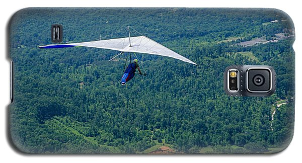 Galaxy S5 Case featuring the photograph Flyin High by Susan  McMenamin