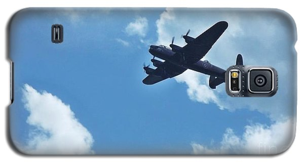 Galaxy S5 Case featuring the photograph Flying High by John Williams
