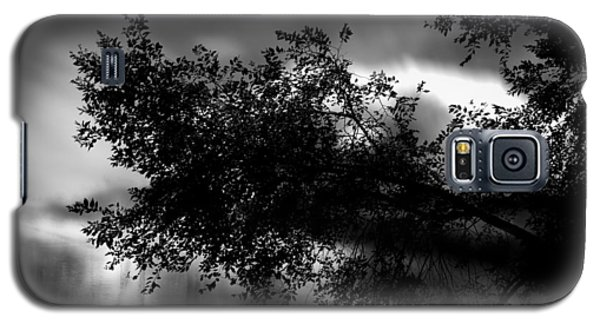 Foggy Autumn Morning On The River Galaxy S5 Case