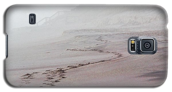 Foggy Beach At Dawn Galaxy S5 Case