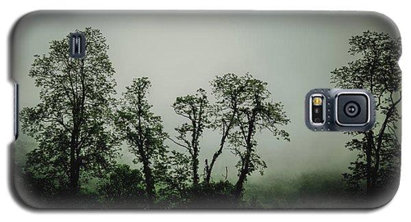 Foggy Mountain Morning At The Meadows Of Dan Galaxy S5 Case by John Haldane