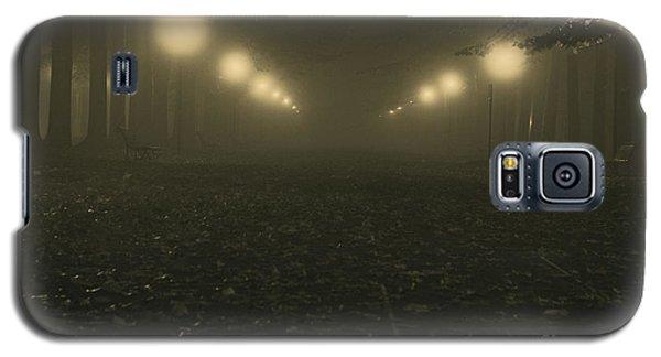 Foggy Night In A Park Galaxy S5 Case