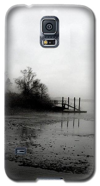 Foggy Pier In January Galaxy S5 Case