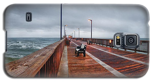 Foggy Pier  Galaxy S5 Case by Michael Thomas