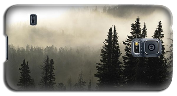 Foggy Sunrise At Yellowstone Galaxy S5 Case