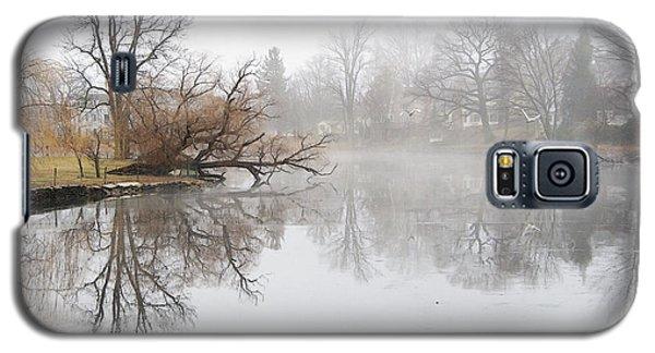 Foggy Winter Creek Galaxy S5 Case