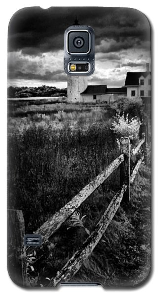 Galaxy S5 Case featuring the photograph Follow Me by Robert McCubbin