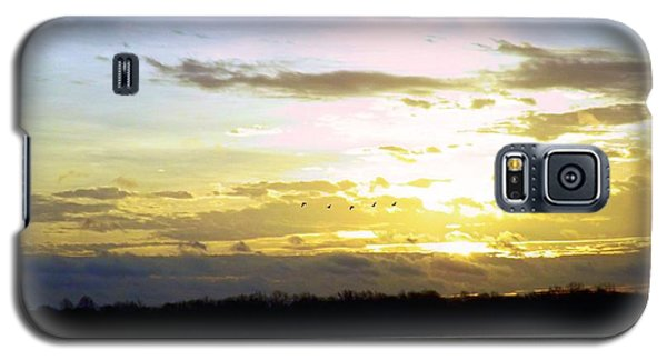 Follow The Sun Galaxy S5 Case