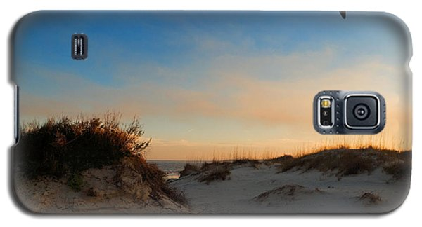 Galaxy S5 Case featuring the photograph Follow Your Dreams by Laura Ragland