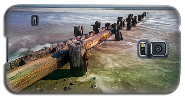 Galaxy S5 Case featuring the photograph Folly Beach by RC Pics