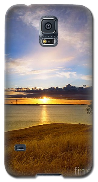 Folsom Lake Sunset Galaxy S5 Case by Rima Biswas