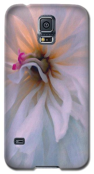 Galaxy S5 Case featuring the photograph Romance by Jean OKeeffe Macro Abundance Art