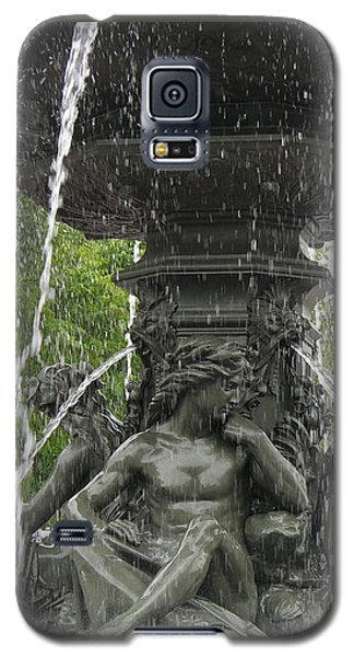 Fontaine De Tourny Galaxy S5 Case by Lingfai Leung