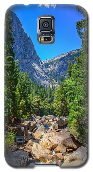 Galaxy S5 Case featuring the photograph Footbridge View by Mike Lee
