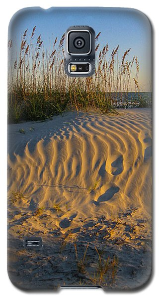 Galaxy S5 Case featuring the photograph Footprints by Patricia Schaefer