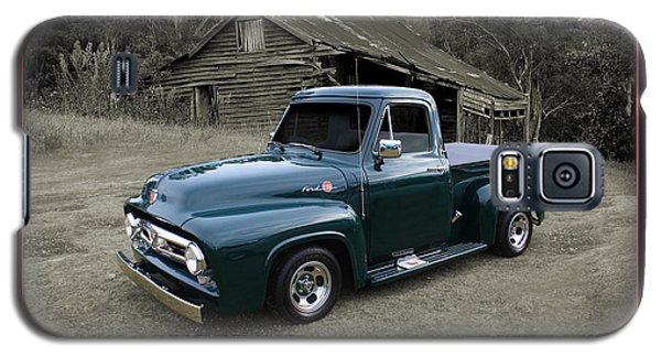 Galaxy S5 Case featuring the photograph Ford F100 by Keith Hawley