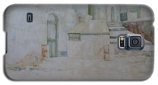 Galaxy S5 Case featuring the painting Forenza Vita - Salita Trappeto by Giovanni Caputo