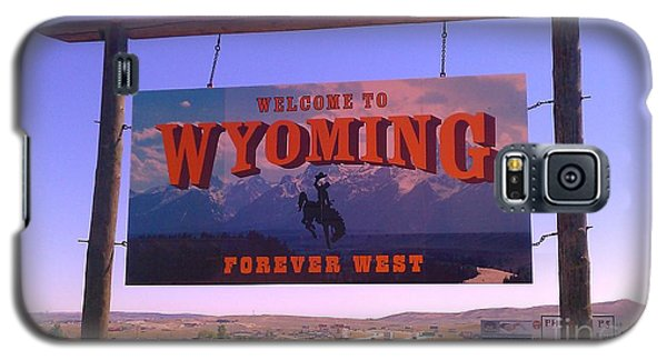 Galaxy S5 Case featuring the photograph Forever West by Chris Tarpening