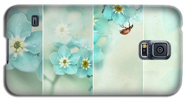 Ladybug Galaxy S5 Case - Forget Me Not..... by Ellen Van Deelen