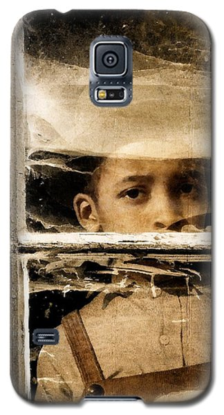 Galaxy S5 Case featuring the photograph Forgotten 2 by Timothy Bulone