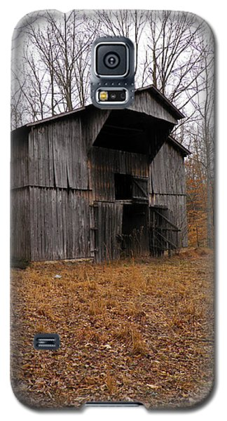 Galaxy S5 Case featuring the photograph Forgotten Barn by Nick Kirby