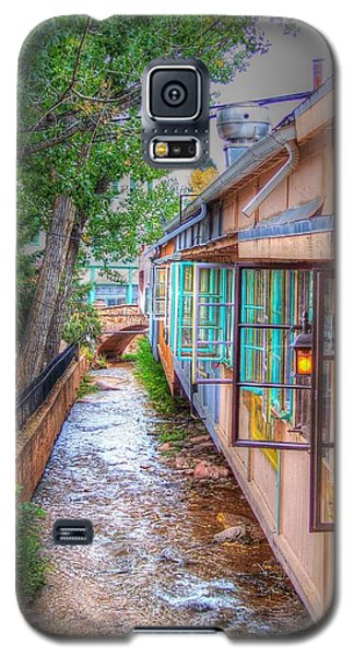 Galaxy S5 Case featuring the photograph Fountain Creek Behind The Avenue by Lanita Williams