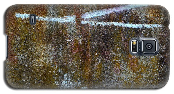 Galaxy S5 Case featuring the photograph Fracked by Robert Riordan