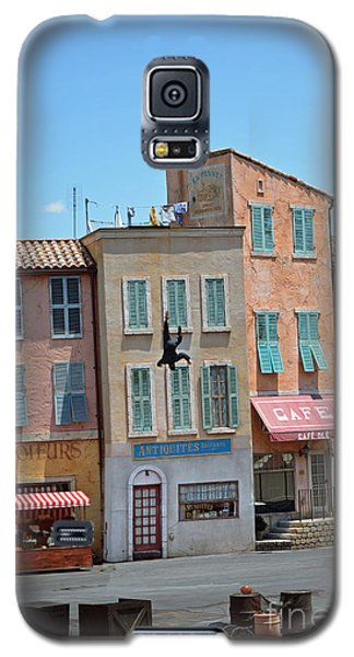 Galaxy S5 Case featuring the photograph Freefall by Robert Meanor