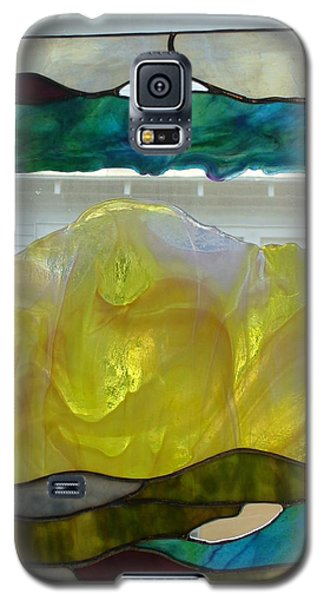 Galaxy S5 Case featuring the glass art Freeform Glass by Karin Thue