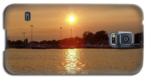 Galaxy S5 Case featuring the photograph Freeport Summer Sunset by John Telfer