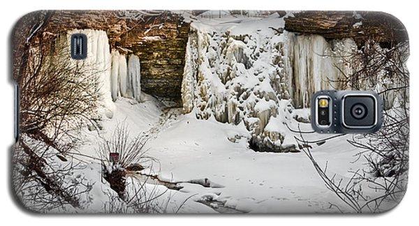 Fresh Snowfall At Wequiock Falls Galaxy S5 Case by Mark David Zahn