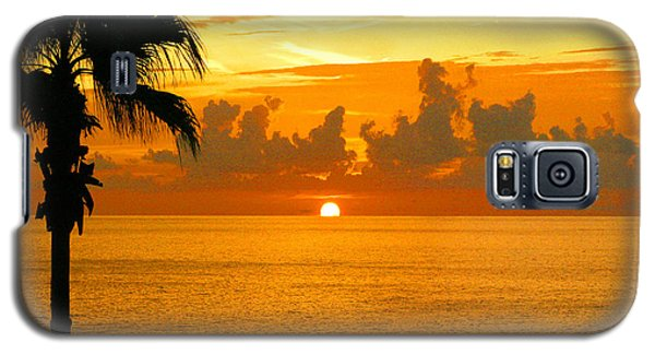 Friends Fishing At Sunset Galaxy S5 Case by Mariarosa Rockefeller