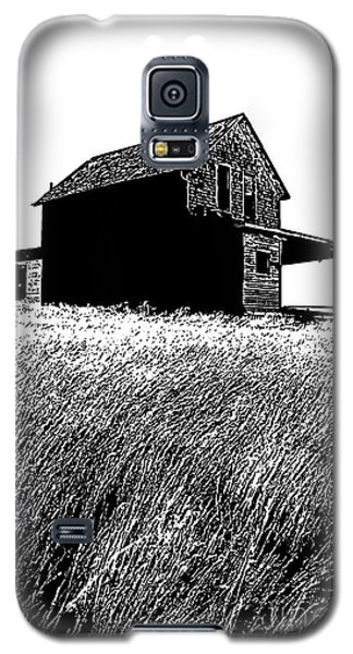 Galaxy S5 Case featuring the photograph From Days Gone By by Vivian Christopher