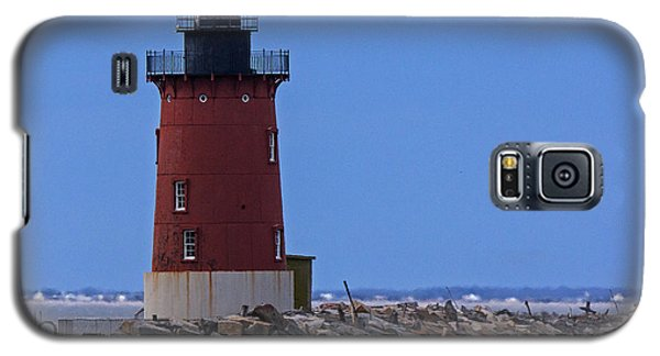Galaxy S5 Case featuring the photograph From Henlopen Point 1 by Robert Pilkington