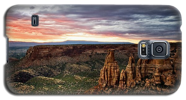 From The Overlook - Colorado National Monument Galaxy S5 Case by Ronda Kimbrow